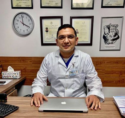 Médico Cirujano Militar Coloproctólogo Médico Cirujano Militar Gástrico
